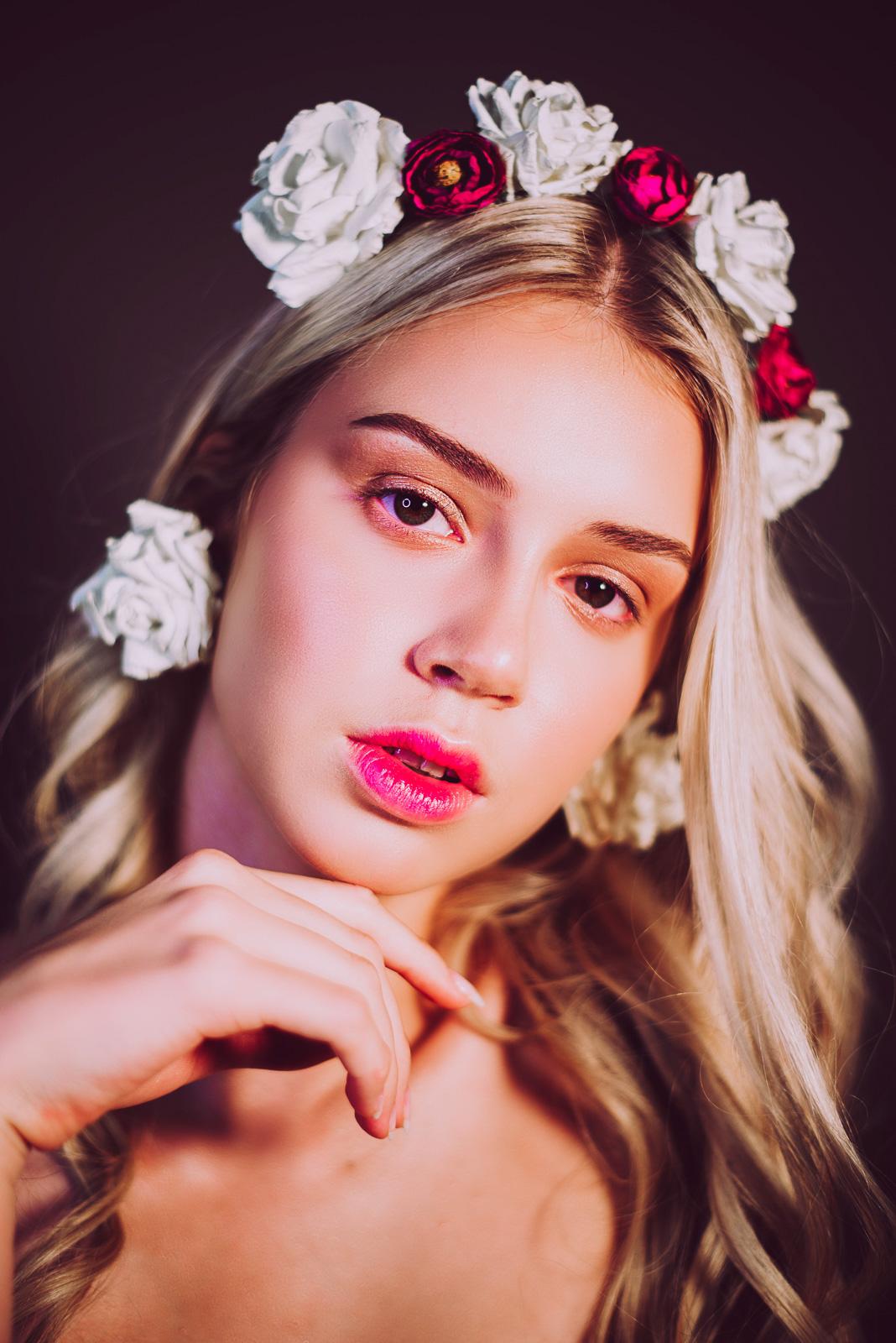 Женский портрет от Марии Москва
