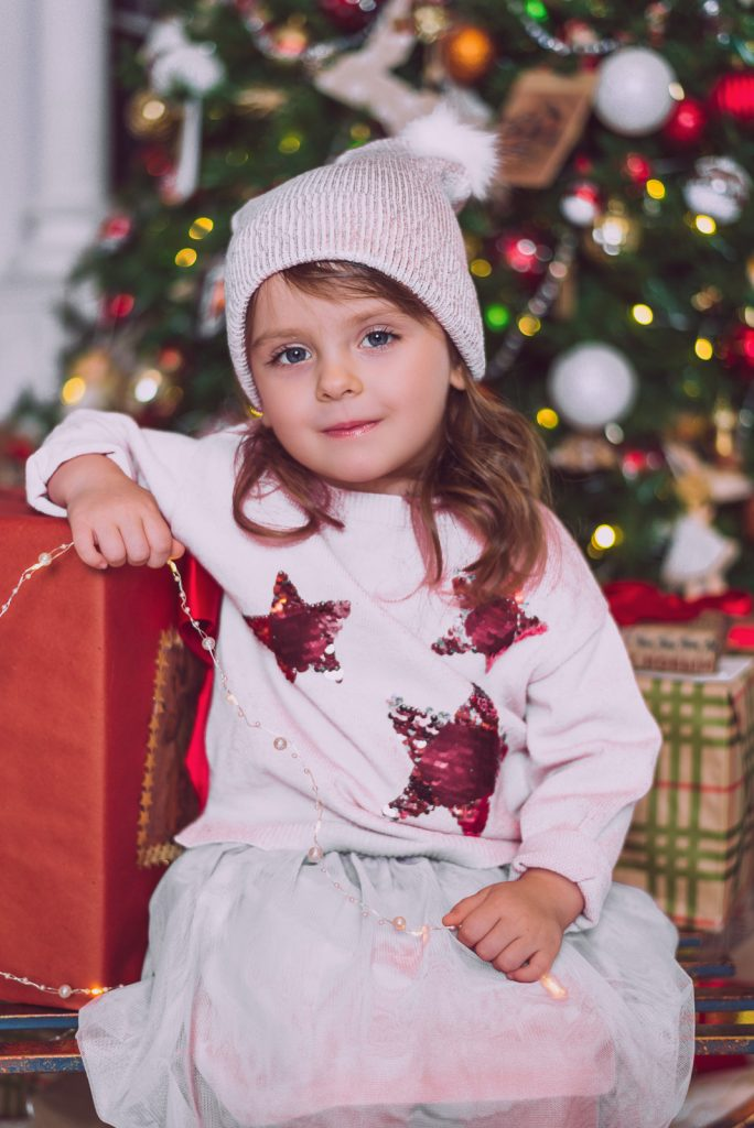 Примеры детской новогодней фотосессии в интерьерной студии от Марии Москва